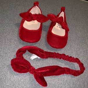 Gap Suede Bow Shoes